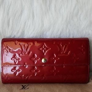 Louis Vuitton Sara Wallet in Rouge red vernis